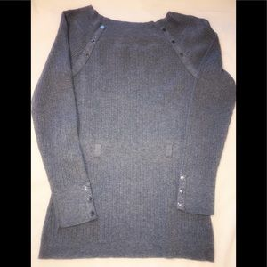Size Medium WHBM grey sweater. EXCELLENT CONDITION